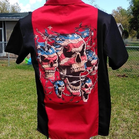 Men's Med Black & Red Button Shirt